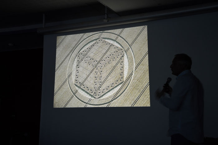 conference-crop-circles-19