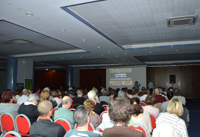 conference-crop-circles-3