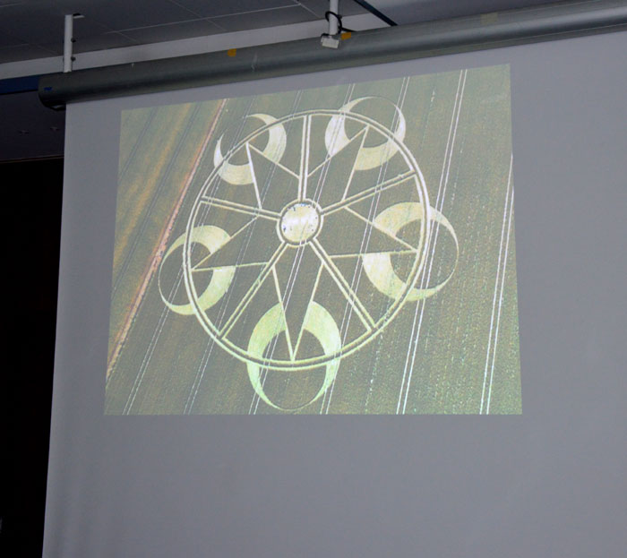 conference-crop-circles-7