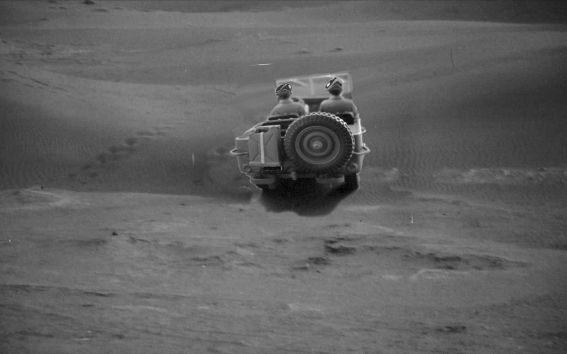 jeep-desert-ovni-FIN-ANNEE-